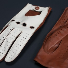DRIVING GLOVE (WHITE-BROWN) (HERRENFAHRT 헤른파트)